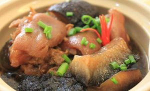 Braised pork with sea cucumber